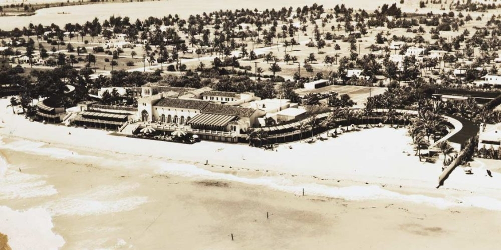 Aerial view of the Surf Club on Miami beach in the 1930's.